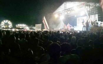 Ribuan Masyarakat Padati Stadion Mini Saksikan Penutupan Gunung Mas Expo
