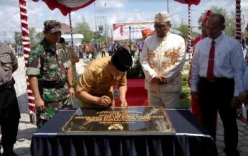 Walikota Resmikan Taman Gedung Kanwil Kemenkumham Kalteng
