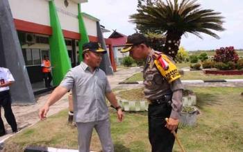 Kapolres Barito Selatan AKBP Yussak Angga bersama Gubernur Kalteng Sugianto Sabran beberapa waktu lalu
