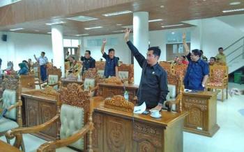 Anggota DPRD Pulang Pisau menyetujui APBD Perubahan 2017 saat voting