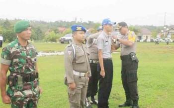 Apel Gelar Pasukan Operasi Zebra Talabang 2017 di halaman Polres Gunung Mas, Rabu (1/11/2017)