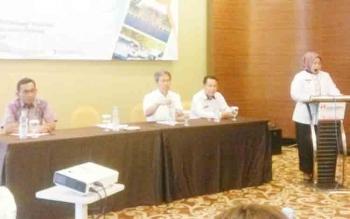 Bupati Kobar Nurhidayah dalam rakor Tindaklanjut Rencana Aksi Program Asistensi Tata Kelola Destinasi Pariwisata Khusus Claster Tanjung Puting