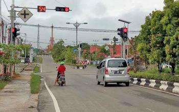 Traffic light di Jalan A. Yani Kuala Kurun, Kabupaten Gunung Mas.