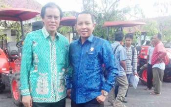 Anggota DPRD Kotim Syahbana (kanan) bersama Anggota DPR RI H Hamdhani.