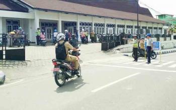 Pelaksanaan Operasi Zebra Telabang di depan Gedung Balai Antang Muara Teweh, Selasa (7/11/2017)