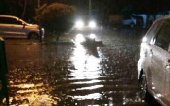 Banjir di sejumlah wilayah kota Sampit.