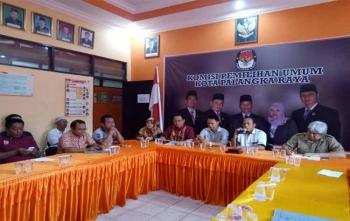 KPU Kota Palangka Raya mengadakan sosialisasi sistem aplikasi informasi pencalonan (Silon), Selasa (7/11/2017)