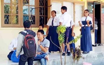 SMP Negeri 1 Sukamara merupakan salah satu sekolah yang menjadi lokasi titik pantau Adipura.