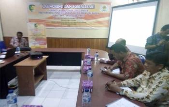Bidan Bina Marga pada Dinas PUPR Kota Palangka Raya meluncurkan layanan call center, Kamis (9/11/2017)