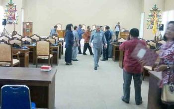 Susasana rapat paripurna yang batal digelar di DPRD Katingan, Jumat (10/11/2017).