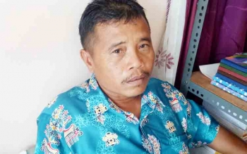 Kepala Desa Petak Bahandang, Gad Ihing