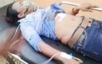 Korban penusukan saat dirawat intensif di RSUD Dr Murjani Sampit.