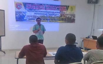Sebanyak 40 peserta dari 20 kelompok tani se Kabupaten Kotawaringin Barat mengikuti Pelatihan Studi Lapang Integrasi Sapi - Sawit di PT. Sulung Ranch (CBI Group), Senin (13/11/2017).