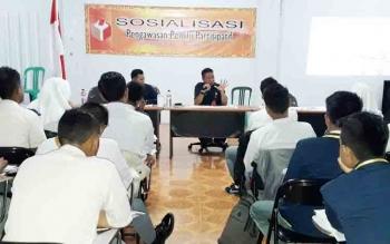 Panitia Pengawas Pemilu (Panwaslu) Kabupaten Murung Raya (Mura) menggelar kegiatan sosialisasi pengawasan pemilu partisipatif di Hotel Gita, Jalan A Yani Puruk Cahu, Selasa (14/11/2017).