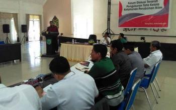 Kegiatan forum diskusi terarah tentang pengukuran tata kelola ketahanan perubahan iklim yang digelar di aula Bappedalitbang Kabupaten Pulang Pisau, Rabu (15/11/2017).
