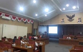 Rapat tim Banggar dan TAPD di DPRD Kotim.