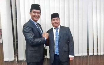 Anggota DPRD Kotim, Hero Harapanno Mandouw bersama Plt Sekda Kotim, H Halikinnor.
