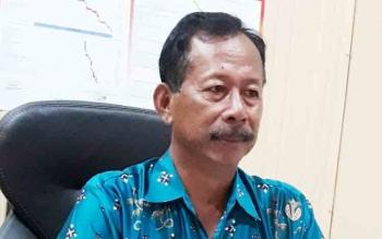 Kepala DLH Mura Saat di Konfirmasi di Ruang Kerjanya jumat (17/11/17)