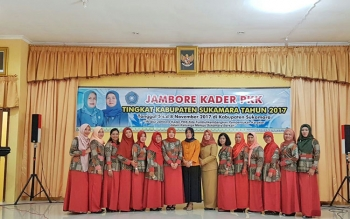 TIM GSI dan TP PKK Kabupatenb Sukamara seusai menggelar sosialiasi Aplikasi Keluarga Sakinah, beberapa waktu lalu.