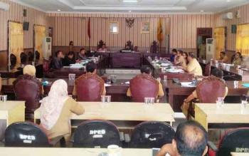 Pembahasan RAPBD 2018 antara Komisi III DPRD Kotim dengan mitra kerja mereka.