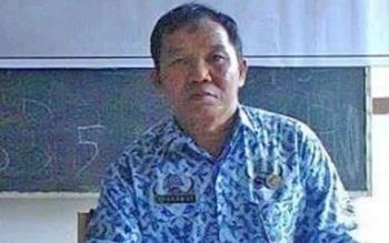 Kabid Politik dan Kemasyarakatan Kesbangpol Bartim, Ahamat Tundun