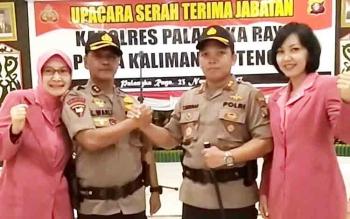 AKBP Lili Warli salam komando dengan AKBP Timbul Rein Krisman Siregar, Rabu (23/11/2017)