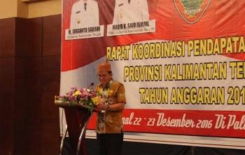 Jaya Saputra Silam semasa hidupnya saat menjabat Kepala Dinas Pendapatan Provinsi Kalimantan Tengah