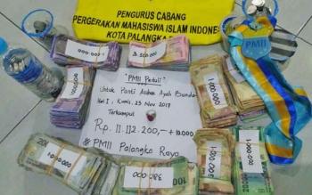 Hasil penggalangan dana untuk Panti Asuhan Ayah Bunda oleh PMII cabang Palangka Raya.