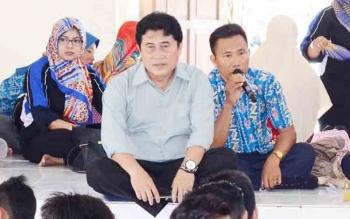 Ketua PGRI Barito Utara, Ardian saat menghadiri kegiatan di SMKN 1 Muara Teweh
