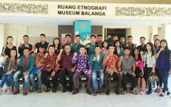 KPPM-ODTB Kalteng dan BEM UNKRIP Palangka Raya Kunjungi Museum Balanga, Sabtu (25/11/2017).