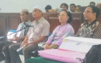 Empat saksi yang diajukan jaksa memberikan keterangan dalam sidang lanjutan perkara sengketa tanah balai benih pertanian yang digelar di Pengadilan Negeri Pangkalan Bun, Senin (27/11/2017).