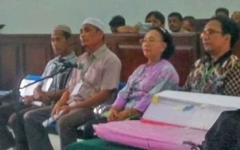 Empat saksi yang diajukan oleh JPU dalam sidang lanjutan perkara tanah balai benih pertanian yang digelar Senin (27/11/2017) di PN Pangkalan Bun