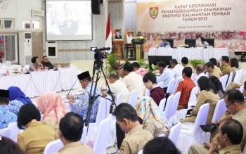 Suasana rapat koordinasi penanggulangan kemiskinan Povinsi Kalteng, Selasa (28/11/2017).\\r\\n