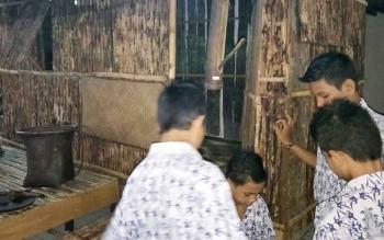 Sejumlah pelajar ketika berkunjung ke Museum Balanga.