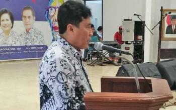Ketua PGRI Kabupaten Barito Utara, H Ardiansyah saat menyampaikan usulan kepada pemerintah daerah.