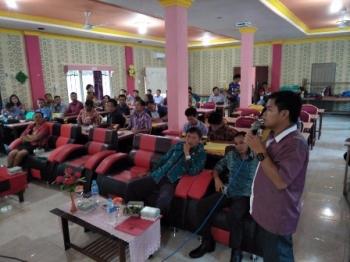Rapat koordinasi antara Panwaslu Kabupaten Gunung Mas dan Panwascam, Jumat (1/12/1017).