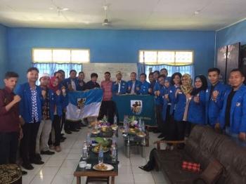 Jajaran pengurus DPD KNPI dan Pemkot Semarang melakukan kunjungan selama tiga hari ke DPD KNPI Kobar. Kunjungan dijadwalkan berakhir hari ini, Minggu (3/12/2017).