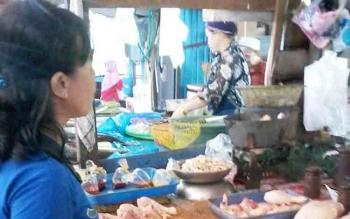 Suasana di Pasar Hungan