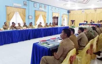 Peserta saat mengikuti kegiatan pemaparan pajak di aula Bappeda Sukamara.