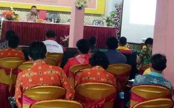KPU Kabupaten Gunung Mas mengadakan rapat kerja penyusunan penataan daerah pemilihan dan alokasi kursi anggota DPRD serta simulasi penghitungan alokasi kursi pada pemilihan umum 2019, Kamis (7/12/2017)