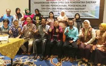 Jajaran DPRD Kabupaten Barito Utara saat mengikuti Bimtek Sinkronisasi Peran DPRD dan Pemerintah Daerah tentang Perencanaan, Pengendalian, dan Evaluasi Pembangunan.di Yogyakarta, Kamis (7/12/2017).