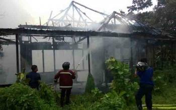 Kebakaran rumah kosong di Jalan Caman, Sampit.