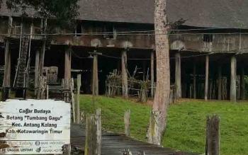 Cagar budaya Betang Tumbang Gagu, di Kecamatan Antang Kalang.