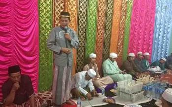 Ketua BNK Kapuas, Muhajirin menyampaikan pesan pada peringatan Maulid Nabi Muhammad SAW, Desa Sei Hanyu.
