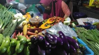 Pedagang sayur di Pasar Kuala Kurun, Kabupaten Gunung Mas.