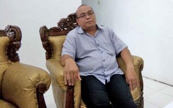 Ketua KPU Lamandau, Daang Padoma, saat dikonfirmasi Borneonews di ruang kerjanya, Senin (11/12/2017).