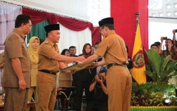 Gubernur Sugianto serahkan DIPA kepada Plt Sekda Kalteng