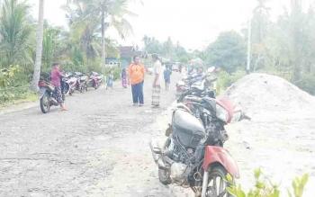 Masyarakat Desa Sungai Buntu, Kecamatan Pantai Lunci, Kabupaten Sukamara.