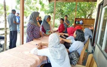 Pasar murah yang digelar salah satu komunitas di Kabupaten Sukamara menjelang Hari Raya Idul Fitri, beberapa waktu lalu.
