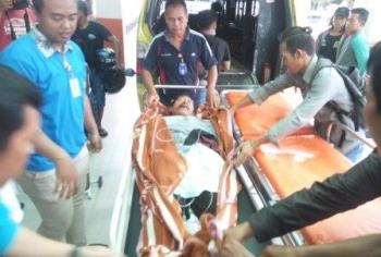 Salah seorang korban luka berat tiba di RSUD dr Doris Sylvanus Palangka Raya.